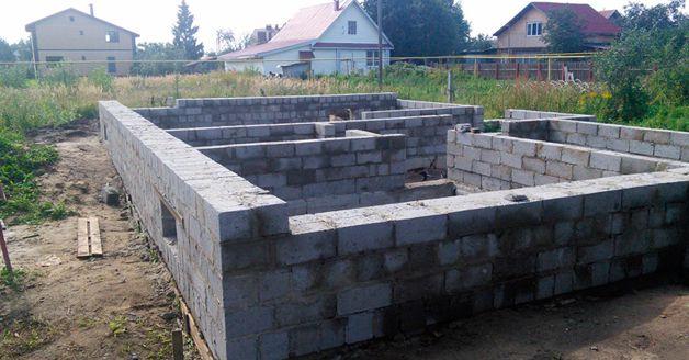 Дом из керамзитобетонных блоков своими руками по этапам (фото, видео)