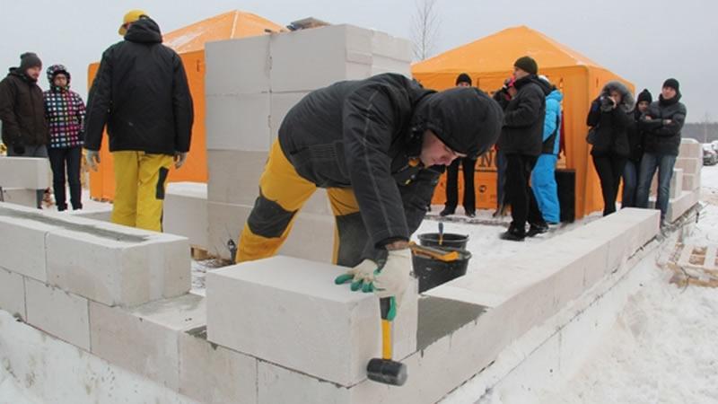 можно ли строить дом из газоблоков зимой