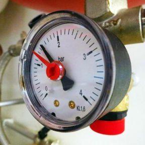 Давление в трубах отопления атмосфер
