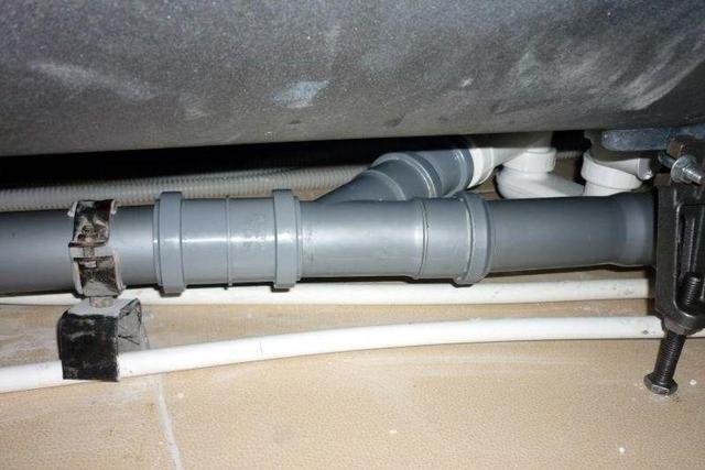 Серая канализационная труба толщина стенки