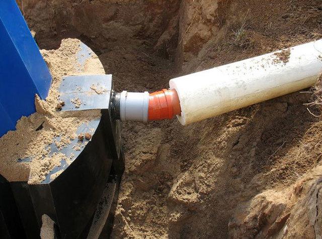 Сантехническая труба в землю