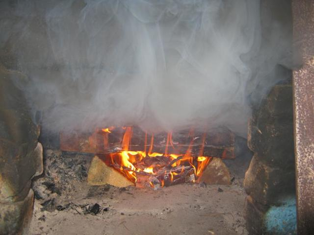 Как идет дым из печной трубы