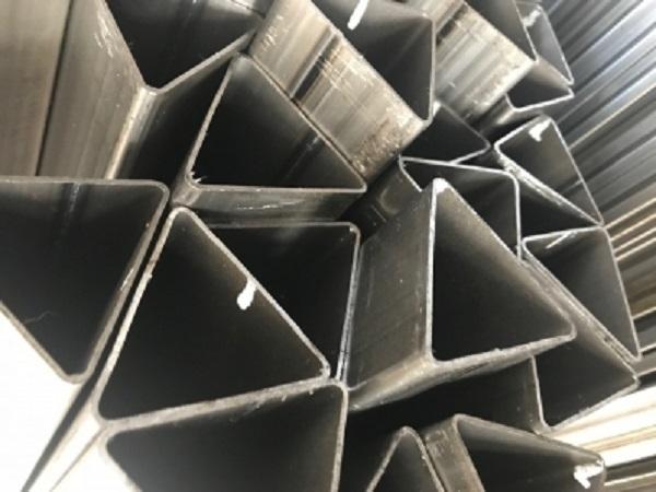 Треугольные трубы в москве
