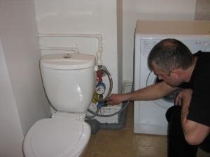 Какое должно быть давление в трубах в жилом доме