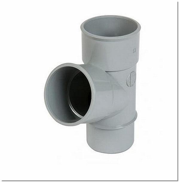 Канализационная труба колено с отводом