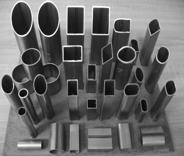 Труба стальная полтора дюйма