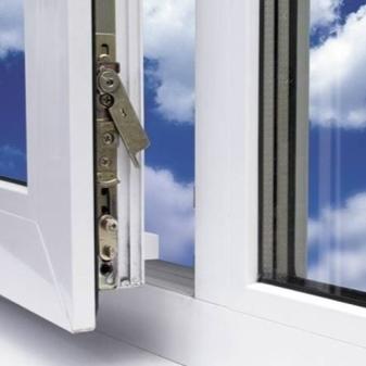 Замена запорной арматуры пластикового окна