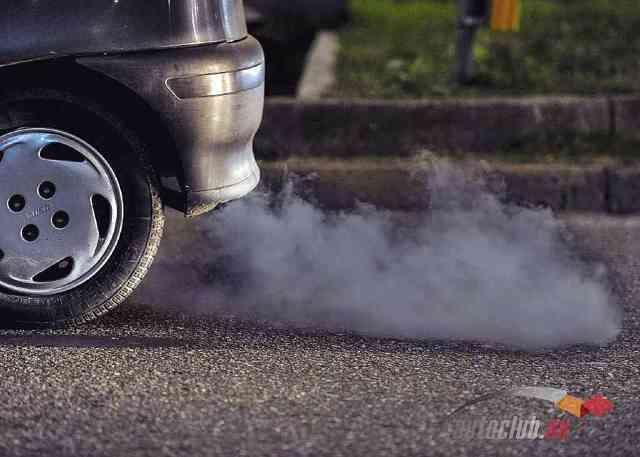 Форд фокус дым из выхлопной трубы причины