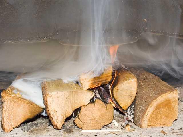 Химия для прочистки труб печи