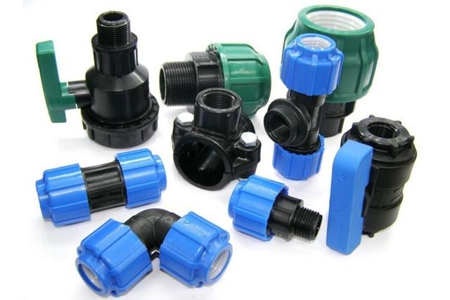 Фитинги для полиэтиленовых труб для водопровода как подобрать