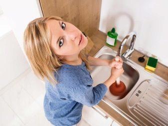 Хороший трос для чистки канализационных труб