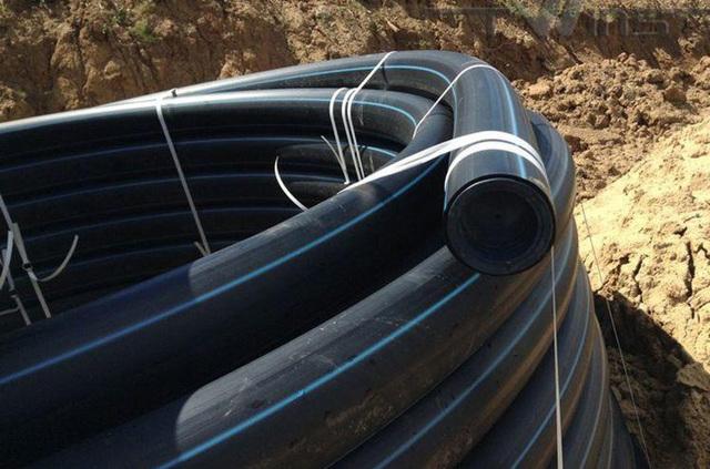 Полиэтиленовая труба для электрокабеля