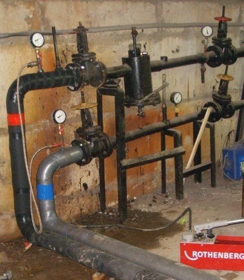 Какое давление в трубах отопления в многоквартирном доме 16 этажей